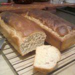 domowy wiejski bochen chleba