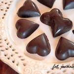 domowe czekoladki z masłem orzechowym