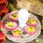 jajka marynowane w zalewie z buraczków