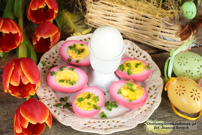 jajka_marynowane_burak