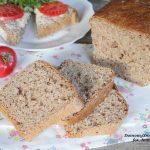 domowy pełnoziarnisty chleb z orkiszu