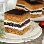 świąteczne ciasto piernikowe z galaretką