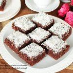 kwadraciki czekoladowe z kokosem