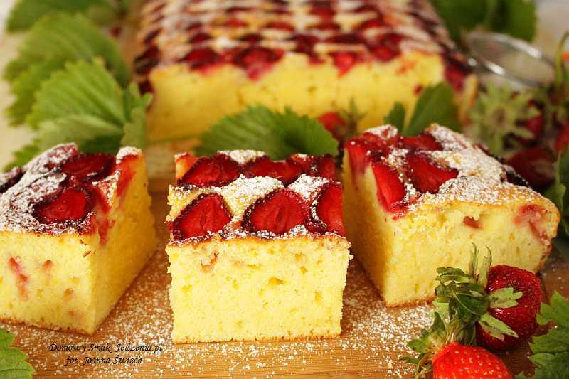 Ciasto Truskawkowe Pole Domowy Smak Jedzenia Pl