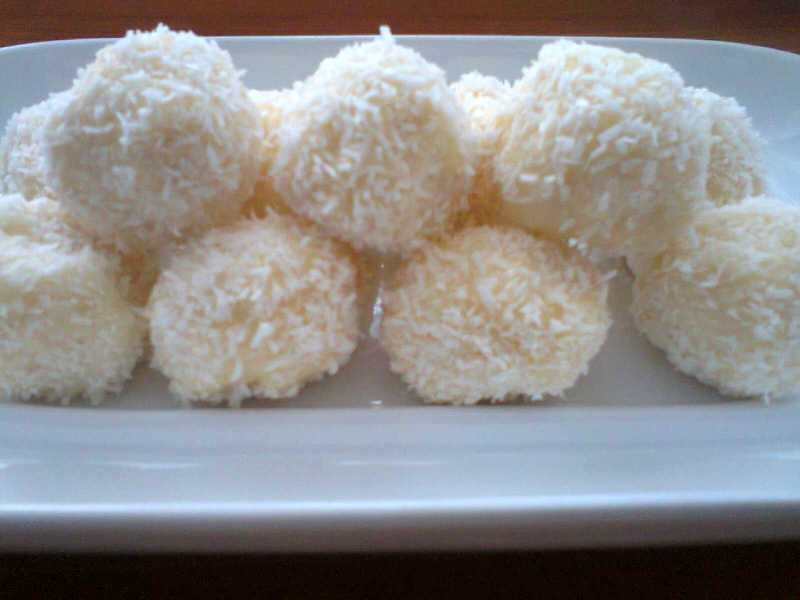kokosowe kuleczki a'la raffaello