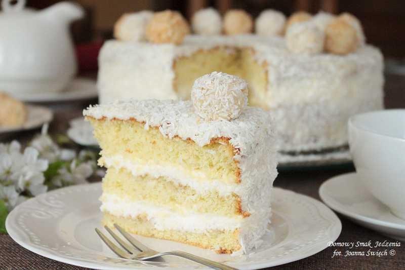 delikatny tort kokosowy a la Raffaello